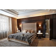 """""""Спальная комната кофейных оттенков. Вся мебель, включая деревянную панель, в столярном исполнении. #mill_studio"""""""