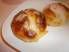 Bollo suizo casero, pan de leche tradicional.