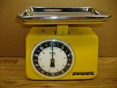 [ vintage kitchen scale ] ... need!