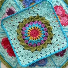 Kata Crochet Square {Photo Tutorial} - Block 18 - Block-a-week CAL 2014 - with link to the free pattern by Penny Davidson.