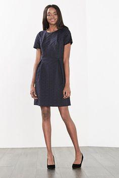 Esprit / Jacquard jurk met grafisch patroon Short Sleeve Dresses, Dresses With Sleeves, Shirt Dress, T Shirt, Chiffon, Dresses For Work, Fashion, Supreme T Shirt, Silk Fabric