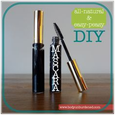 DIY all-natural non-smudge mascara. INGREDIENTS: 2 tsp aloe vera gel, 10 capsules activated charcoal powder, 1ml (1/5 tsp) bentonite clay. METHOD: blend all ingredients together until smooth. Keep airtight to avoid drying out. Best to put into an empty mascara tube using an oral syringe. Apply 2-3 layers, allowing 1 min to dry between each application.
