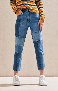PacSun gives your casual style a major update in the Patch Blue Mom Jeans. Made from a rigid fabric, these mom jeans boast a high-rise fit, medium and dark blue wash with patchwork front detail, and a relaxed leg. Cute Casual Outfits, Outfits For Teens, Summer Outfits, Denim Fashion, Fashion Outfits, Blue Mom Jeans, Patched Jeans, Looks Vintage, Jean Outfits
