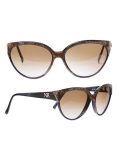e92163fdc5 15 Best Tory Burch Sunglasses images