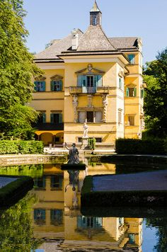 Austria! Study Abroad   #GlobalGators! Visit the #UFIC website for more information: ufic.ufl.edu/sas/