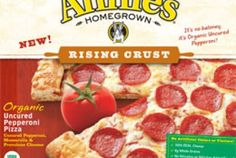 NEW Annie's Organic Pepperoni Frozen Pizza from Whole Foods Market. An easy-to-make fast meal for school when you're having that pizza craving while studying:) Delicious rising crust made with all organic ingredients! Available in Pepperoni, 4 Cheese, Supreme, Spinach & Mushroom! Make your pick with these delicious toppings:) #greendorm