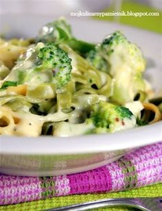 Broccoli, Cauliflower, Spices, Food And Drink, Treats, Chicken, Baking, Vegetables, Kitchen