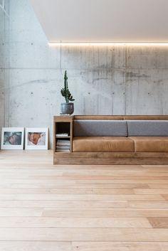 SONNY - Studio Scott locaties voor fotoshoots - sofa, tones, concrete