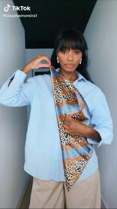 Ways To Tie Scarves, Ways To Wear A Scarf, How To Wear Scarves, Scarf Wearing Styles, Scarf Styles, Diy Fashion Hacks, Fashion Tips, Scarf Design, Clothing Hacks