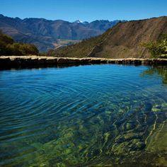 Aguas termales de La Musuy, tan perfectas que el agua entra por unos chorritos fríos y otros calientes hasta alcanzar la temperatura perfecta. MERIDA