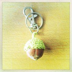 Aschenbrödels Haselnüsschen-Schlüsselanhänger