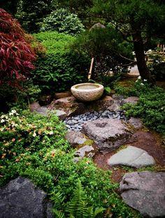 Jardin japonais zen vue superbe maison traditionnelle mer