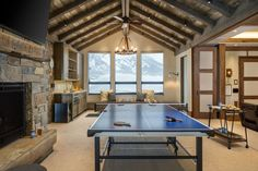 Tour a gorgeous timber and barn wood home in Jackson Hole, Wyoming #gameroom Custom Home Designs, Custom Homes, Mountain Home Exterior, Mountain Homes, Silo House, Farm House, Jackson Hole, Star Jackson, Rustic Home Design