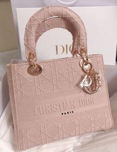 Luxury Purses, Luxury Bags, Luxury Handbags, Fashion Handbags, Fashion Bags, Designer Handbags, Dior Handbags, Fashion Fashion, Dior Purses