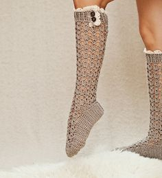 nice Tığ İle Çorap Modelleri Canim Anne  http://www.canimanne.com/tig-ile-corap-modelleri.html
