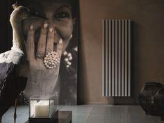 SOHO Radiador vertical by Tubes Radiatori diseño Ludovica+Roberto Palomba Soho, Vertical Radiators, Boffi, Sweet Home, Designer Radiator, Milan Design, Acoustic Panels, Beautiful Interiors, Interiores Design