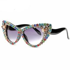 b871e82550e4 Oversized Sunglasses Women Luxury Brand glasses Colorful Rhinestone Cat  Eyes Sunglasses Vintage