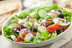 Italian Salad Recipe: Are you looking for Classic Italian Salad Recipe? Classic Here you will know how to make Italian salad. Easy Healthy Dinners, Nutritious Meals, Healthy Dinner Recipes, Healthy Snacks, Healthy Eating, Stay Healthy, Keto Recipes, Dinner Recipes For Kids, Kids Meals