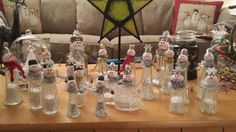 Look what you an do with clay, glitter, glue and a salt shaker!  Salty snowmen!