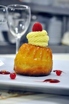 Kouglof façon Baba #strasbourgeoiseparis #kouglof #baba #restaurant #paris