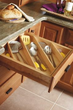 Taming the Kitchen and Dresser Drawers