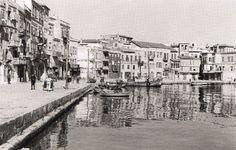 80 ανεκτίμητες φωτογραφίες της Κρήτης 1911 - 1949 Old Pictures, Old Photos, Vintage Photographs, Vintage Photos, Main Street, Street View, Chania Greece, Visit Turkey, Crete Island
