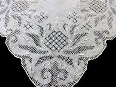 Hankie Wedding Embroidered Madeira  Linen  #madeiralinen #Weddinghankie