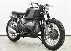 Have a 50ties alu tank, and a handmade Manx saddel... Want a BMW project to build a new caferacer, Wrenchmonkee style...