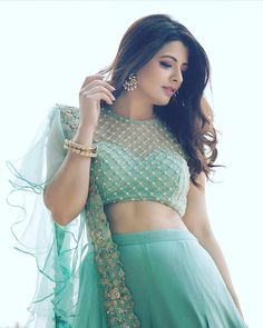 Latest Front Net Blouse Designs for Saree & Lehenga 2020 - Fashion - Latest Front Net Blouse Designs for Saree & Lehenga 2020 – Fashion - Netted Blouse Designs, Fancy Blouse Designs, Bridal Blouse Designs, Saree Blouse Designs, Crop Top Designs, Dress Designs, Indian Designer Outfits, Indian Outfits, Designer Dresses