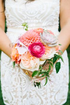 For the best Wedding & Event Flowers in New Hampshire, Contact Cymbidium Floral for one of a kind Floral Arrangements. Wedding Peach, Wedding Flowers, Dream Wedding, Dahlias, Ranunculus, Modern Flower Arrangements, Garden Roses, Flower Centerpieces, Green Flowers