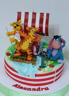 viorica's cakes: Winnie si prietenii lui in expeditie