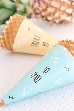 Cute printable ice cream cone wrappers for kids parties Ice Cream Party, Logo Ice Cream, Soirée Pyjama Party, Ice Cream Stand, Ice Cream Cones, Ice Cream Shops, Ice Cream Business, Gelato Shop, Gelato Bar