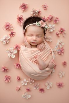 Newborn ( Studio ) Twin D - Foto Newborn, Newborn Baby Photos, Newborn Shoot, Newborn Pictures, Baby Girl Newborn, Baby Pictures, Baby Girl Pictures Newborn, Spring Newborn Photos, Twin Newborn