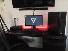 New desk monitor and leds