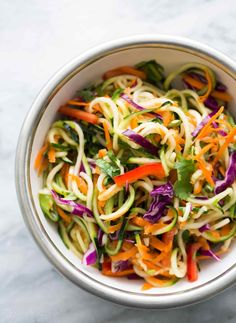 Asian Zucchini Noodle Salad ~ Zucchini noodles with cabbage, carrots, red bell pepper, green onions, tossed with a sesame rice vinegar… Asian Zucchini Recipe, Zucchini Noodles Salad Recipe, Veggie Noodles, Pasta Salad Recipes, Healthy Zucchini, Eat Healthy, Raw Zucchini Salad, Zucchini Noodle Recipes, Zucchini Bread