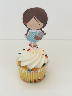 Beautiful cupcake toppers. You must visit Etsy's: dianasden. Very cute toppers of many of our favorite characters. Even do Custimize toppers and birthday bundles.