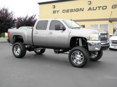 """Over $20,000 invested in the best of the best brand new accessories! This loaded 2007 Chevy 2500HD 4x4 Duramax diesel crew cab is set up with a brand new 10"""" Bulletproof suspension lift with Atlas rear springs, Fox remote reservoir shocks, 37X13.50R22LT Toyo M/T tires, 22x11 chrome Fuel Krank wheels, Amp Research power retracting running boards, Edge Evolution programmer, SB cold air intake, Banks exhaust, HID headlamps and foglamps, billet grille/bowtie. 44k miles $45,950…"""