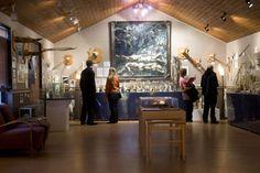 Il y a 276 spécimens de pénis exposés dans ce  qui est considéré comme le seul musée du pénis au monde, perdu dans le  petit village de pêche de Husavik, sur la côte nord de l'Islande.