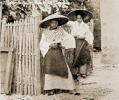 Filipina Natives of Taguig, Philippines 1900 Philippines Culture, Philippines Travel, Filipino Fashion, Filipino Culture, Filipiniana, Asian History, African Diaspora, Historical Pictures, People Of The World