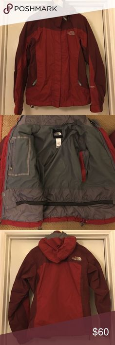 North Face Jacket Snowboarding jacket. Lightly used. The North Face Jackets