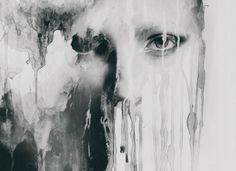 Тёмная и загадочная сторона женской души в работах фотографа-самоучки