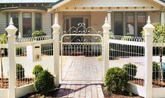 this is the sort of gate and path that i want up the back travy :)