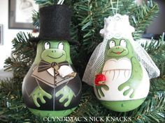 Frog Bride and Groom Lightbulb Ornaments by CyndiMacsNickKnacks