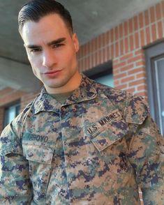 Sexy Military Men, Men In Uniform, Army & Navy, Good Looking Men, American Made, Cute Guys, Bad Boys, Sexy Men, Display