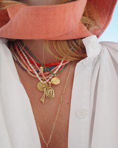 🍑 #herminagang #greekdesigners #stylelove #greekjewelry