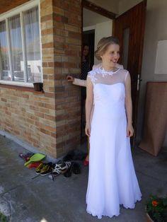 Šaty pro menší nevěstu, těhotenské, 38