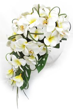 Teardrop by Loveflowers. Find your perfect wedding flowers at http://www.loveflowers.com.au/