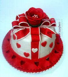 Torta decorata in pasta di zucchero #cake #food