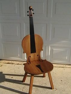 Violin Chair, Full View