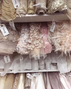 Ideas For Diy Wedding Dress Patterns Sewing Fabrics Diy Wedding Dress, Wedding Dress Patterns, Wedding Lace, Bridal Lace, Lesage, Fashion Studio, Fashion Details, Pink Dress, Marie